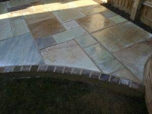 Curved Garden Patio